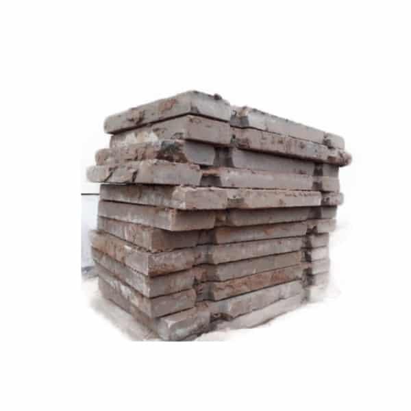 Бывшие в употреблении дорожные плиты 3 на 1,5 метра